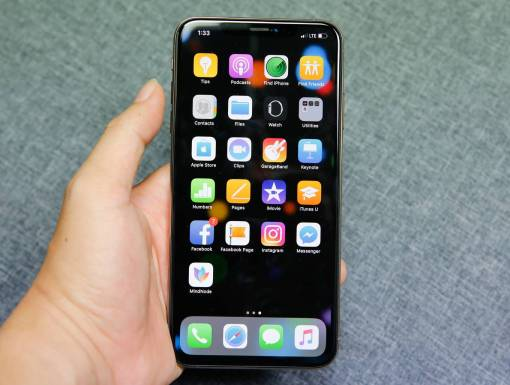 Sửa iphone xs max mất đèn màn hình,không hiển thị tại Nha Trang 1