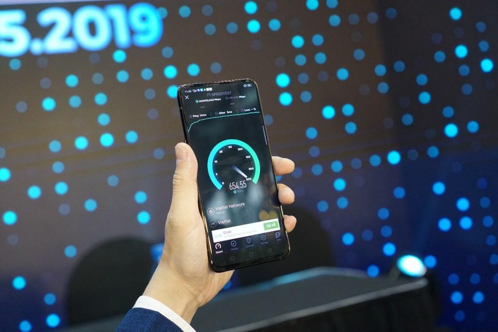 Từ cuộc gọi 5G đầu tiên đến những chiếc smartphone 5G thương mại dành cho tất cả mọi người - Ảnh 1.
