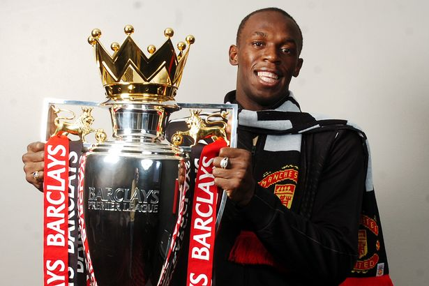 USAIN-BOLT-WITH-THE-BARCLAYS-PREMIERSHIP-TITLE