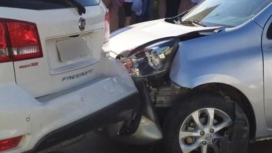 Photo of Dois carros se envolvem em acidente na Rua Júlio de Castilhos