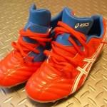 サッカースパイクとJones骨折。靴の部品が足に干渉することも。。。