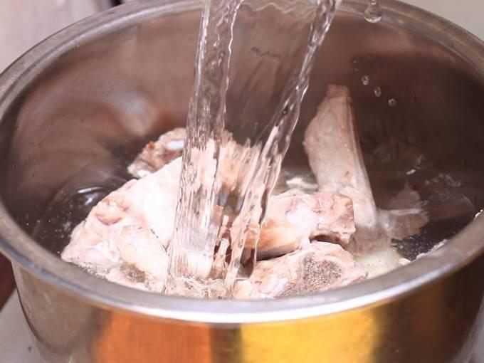 苦瓜排骨湯
