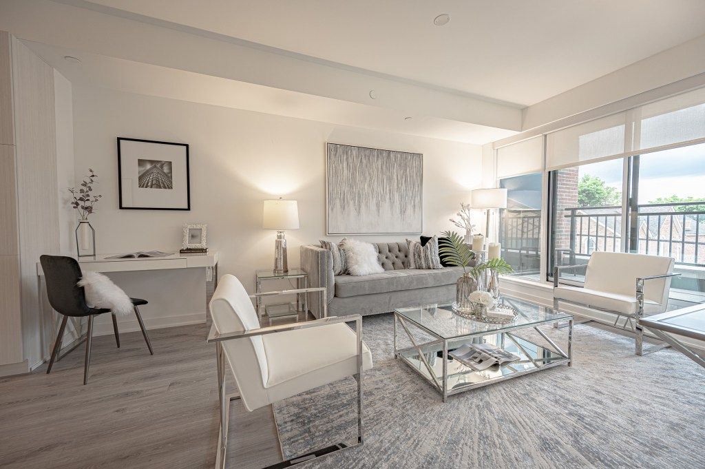 Interior of a condo in Stouffville showcasing modern staging by R3 Home Staging