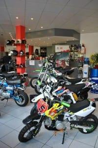 YCF dealer r4 moto's pitbike YCF