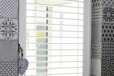 raamdecoratie voor draai kiepramen » Huis inrichten 2019 | Huis ...