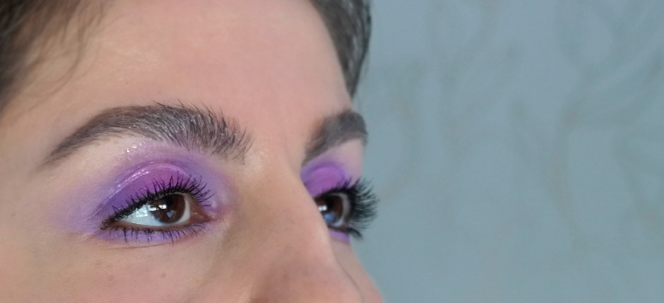 glossy lids makeup trends 2017