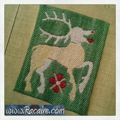 Working at an embroidered 14th century pouch for the 9th blog-birthday raffle .4 - just 8 days left!