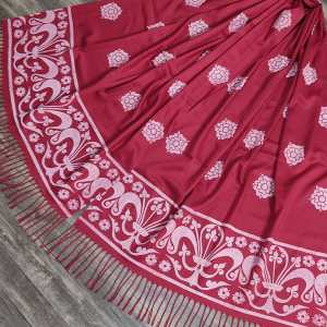 Soft, light weight dark red scarf with white 13th century fleur-de-lis & rose print for a medieval experience all year long! Hand printed with my own hand carved stamps. The scarf is new, pre-washed, ready to wear & machine washable!