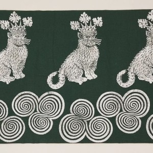 Green catking & Newgrange triple spiral place mat handprinted with my own handcarved stamps. New, prewashed, ready to use, machine washable!