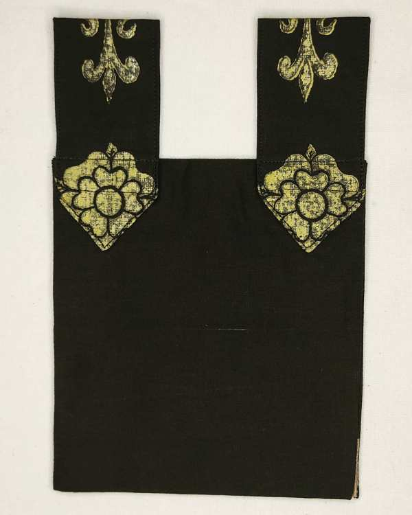 Belt pouch made from lovely black cotton fabric & lined with the same fabric with reinforced seams. Hand printed with a hand carved 13th century fleur-de-lis stamp in premium gold ink. New, ready to use & machine washable!