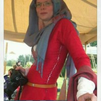 Interesting Links - a great extant 12th century dress inspiration :D