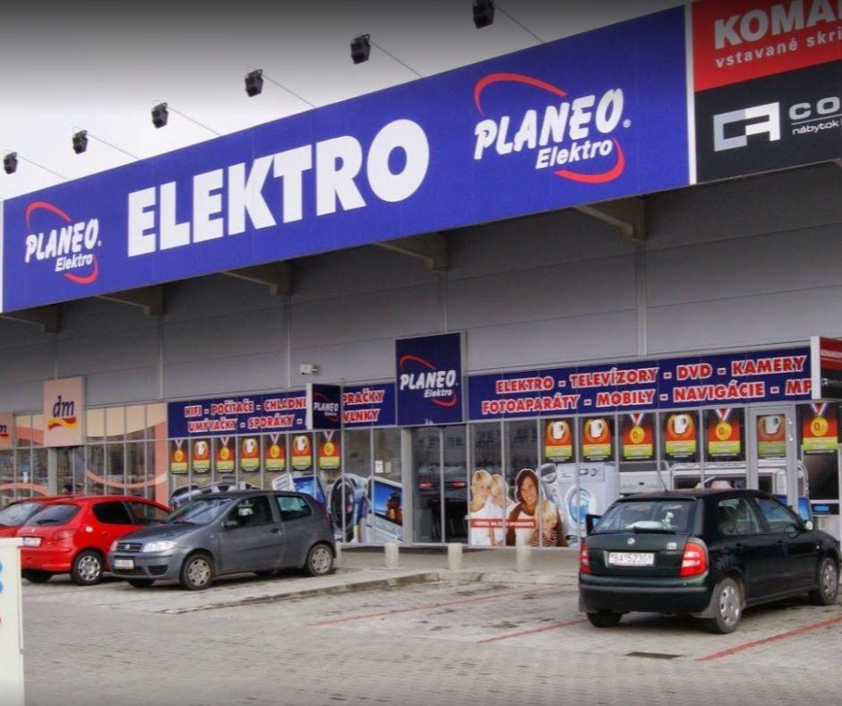 Krádež v predajni elektroniky Planeo sa mala udiať v noci z nedele na pondelok.