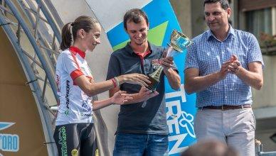 Sylvie Truc sul podio della Coppa Rosa