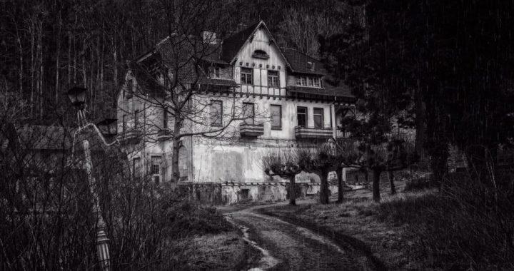 La casa degli spiriti, di Mario Narducci