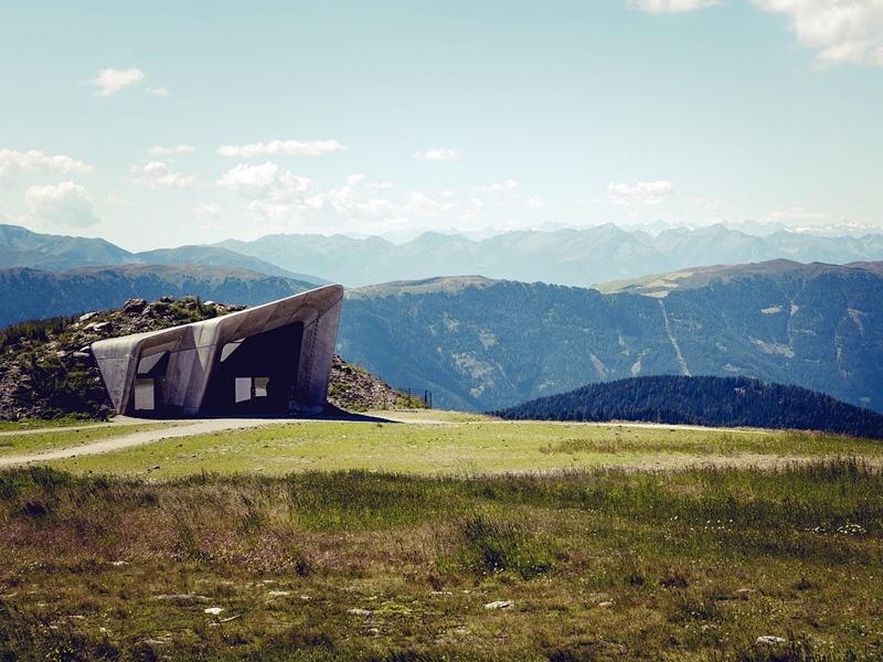 Messner Mountain Museum un viaggio tra le nuvole