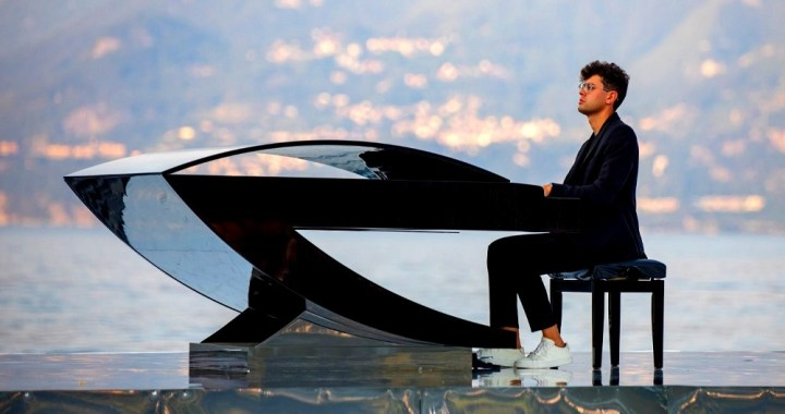 La leggenda del pianista sul lago