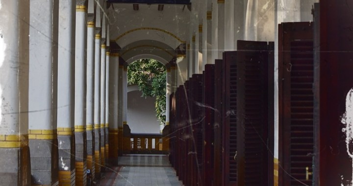 Lawang Sewu il palazzo delle mille porte