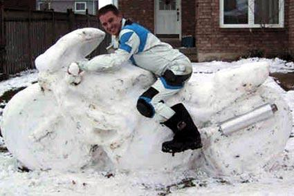 Schneemotorrad