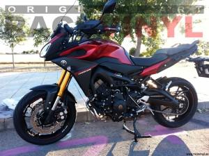 Racevinyl Yamaha MT09 01 Tracer roja Ricardo Fontanilla racevinyl vinilo llanta rueda pegatina adhesivo tuning vinyl sticker rim kit stripe
