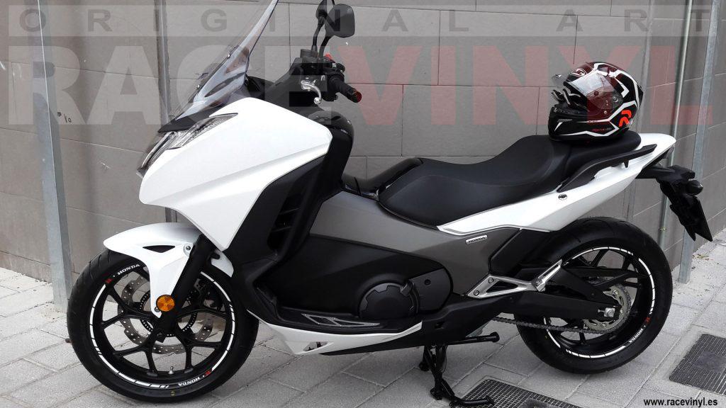 racevinyl-02-honda-forza-125-250-kit-vinilo-rueda-llanta-moto-banda-stripe-vinyl-stripe-sticker-adhesive-tuning-wheel