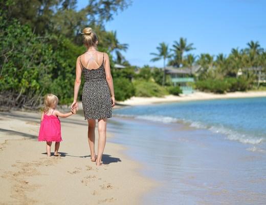 Travel Blogger Rachael Burgess in Hawaii