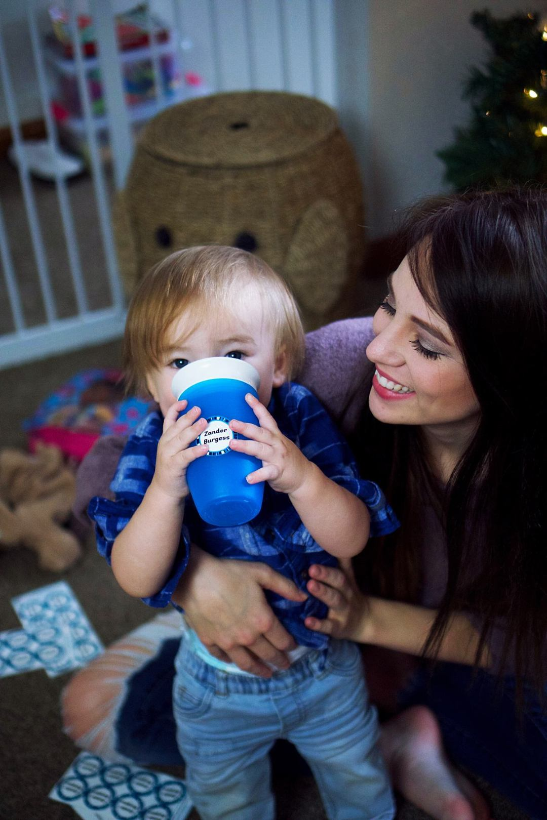 3 Effective Ways to Help Toddlers Sharing Toys at Christmas