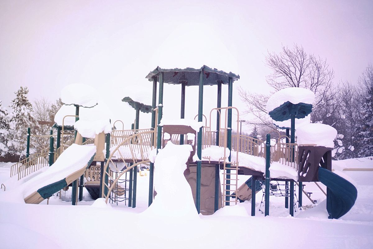 Pictures of Erie\'s Record Breaking Christmas Snow Storm   7ft Snowfall