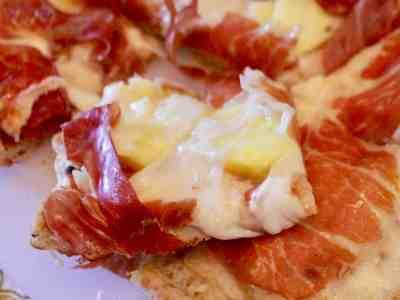 Grilled Prosciutto & Pineapple Pizza