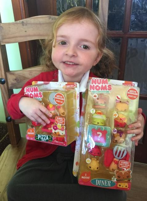 #MiniChefs With Num Noms – Review & Marshmallow Toffee Krispy Cake Recipe