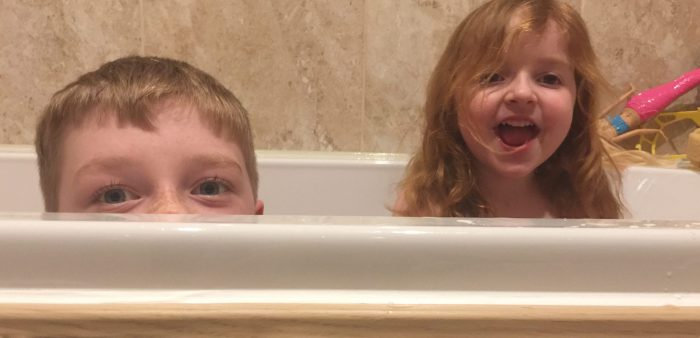 #LivingArrows – Taking Cover In The Tub 9/52 (2017)