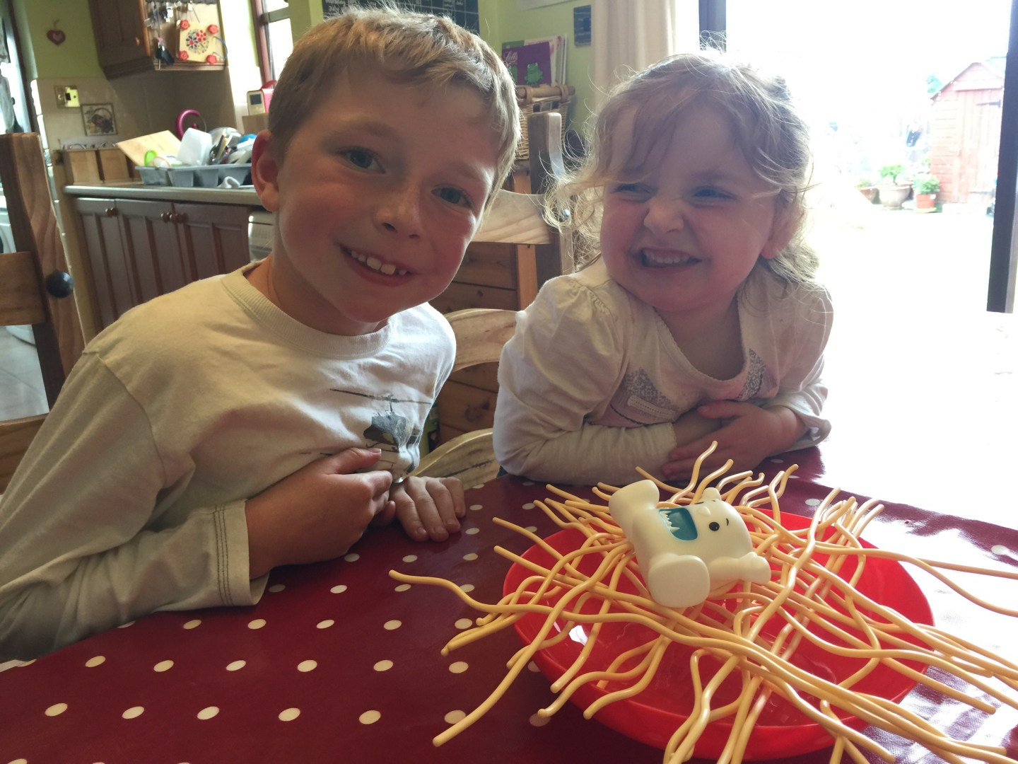 Yeti In My Spaghetti – Fun, Simple & Easy Games For Kids