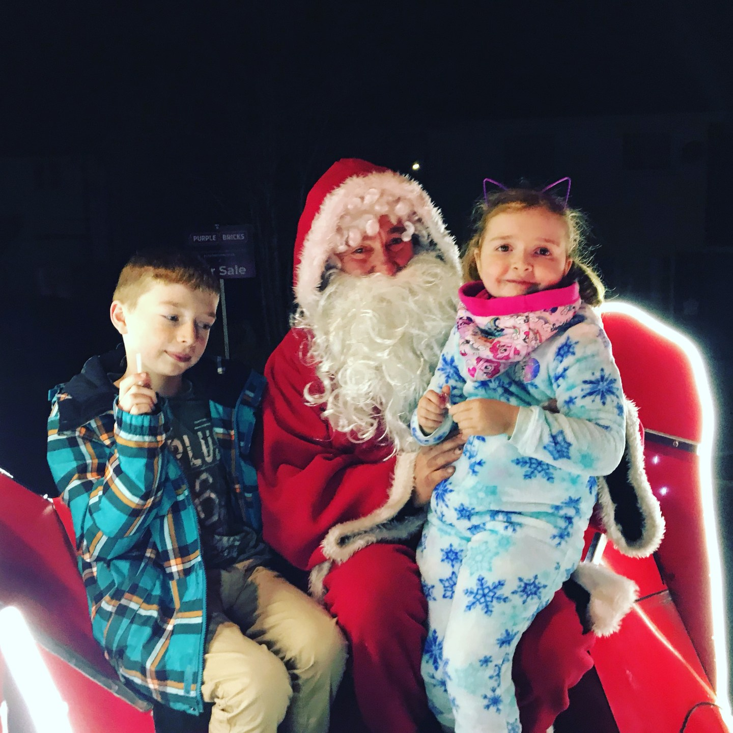 #LivingArrows – Santa Seeking 50/53 (2018)