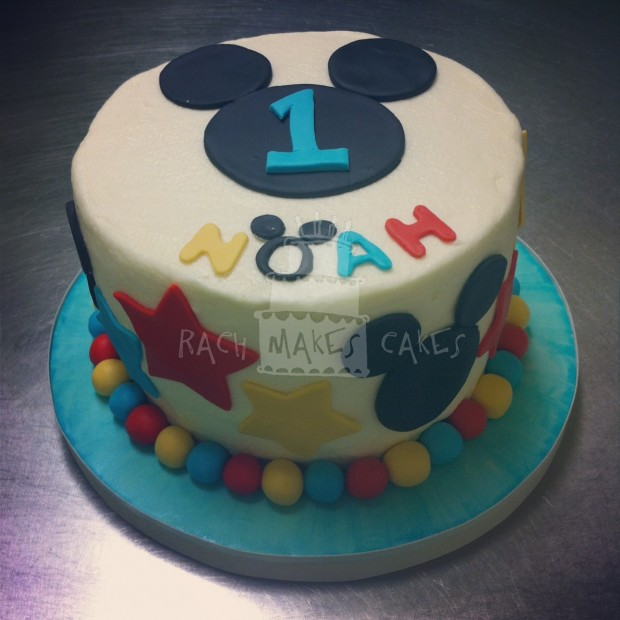 Mickey Mouse Smash Cake: Mickey Mouse Clubhouse Party