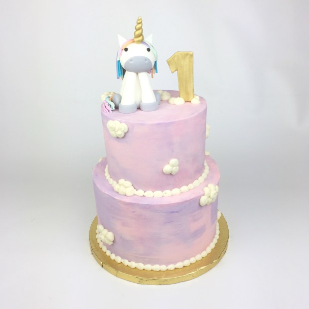 Londyns Unicorn Cake 1st Birthday Party Was Epic LondynUnicorn Londyn