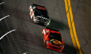2010 Daytona 500 Jamie McMurray leads Dale Earnhardt Jr