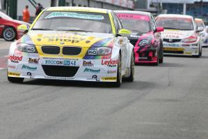 BTCC_Silverstone_2010_4