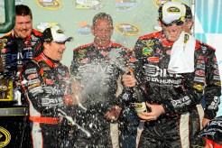 2011_Phoenix_Feb_NSCS_Jeff_Gordon_champagne_Alan_Gustafson