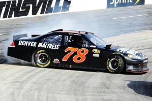 2012 Martinsville2 Kurt Busch Spins