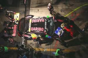 24h-Rennen1-8-Haribo-Boxenstopp