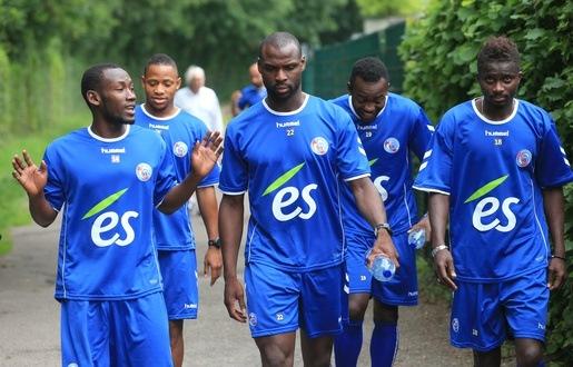 de gauche à droite: Pouye, Aguemon, Seka, Bahoken et Ndoye