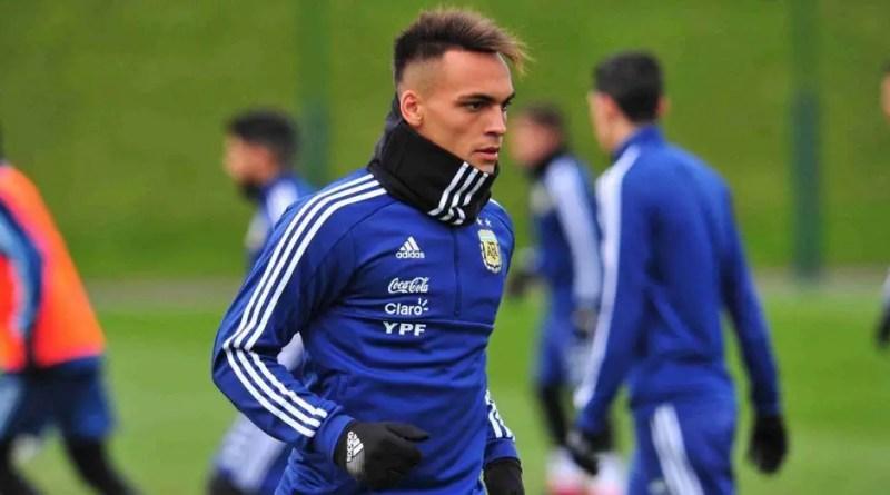 Lautaro Martínez entrenando en la Selección Argentina