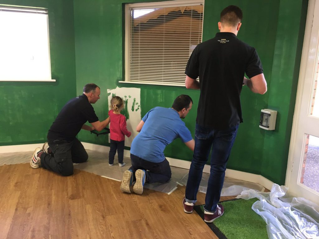 2019-04-30 Nottingham painting racing's first #GoRacingGreen room