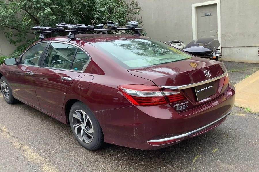 Plus most of our Accord carriers and racks are custom-made to provide a. Honda Accord Hybrid 4dr Rack Installation Photos