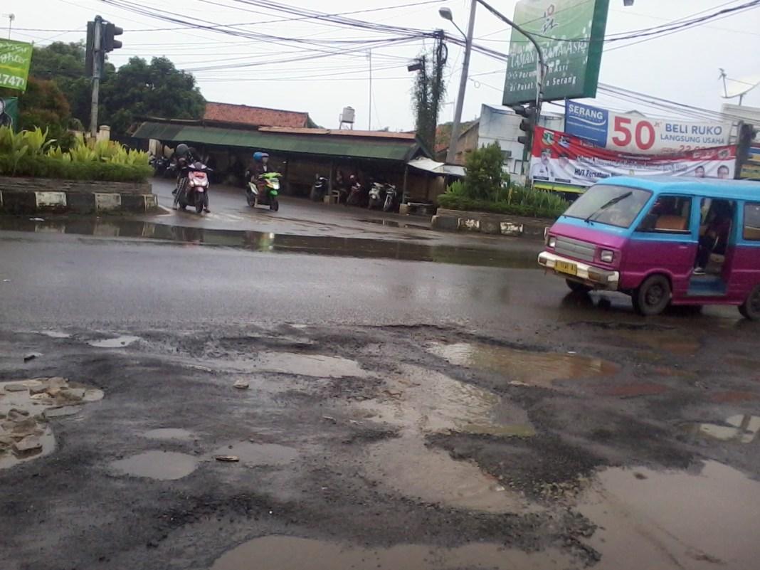 Persimpangan Sayabulu Kota Serang