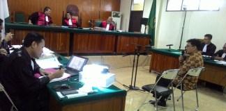 Persidangan kasus suap Bank Banten