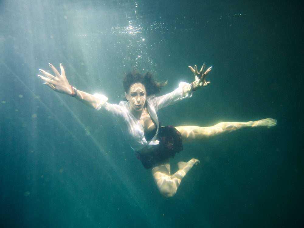 """Splash vedete la apa Antena 1 filmari in apa 5 Vedetele de la """"Splash!"""" au filmat câteva ore sub apă (galerie foto)"""