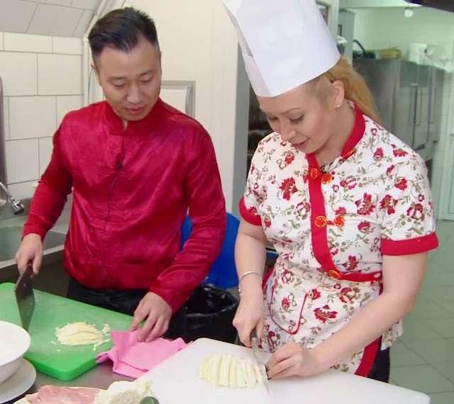 Xonia si bucatarul Chinez
