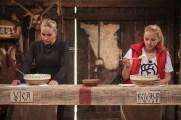 Duel Vica si Roxana - Ferma Vedetelor (5)