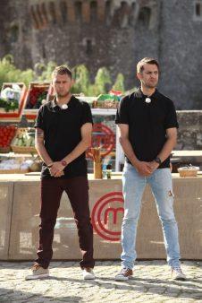 Andrei & Claudiu (capitanii celor doua echipe) MASTERCHEF