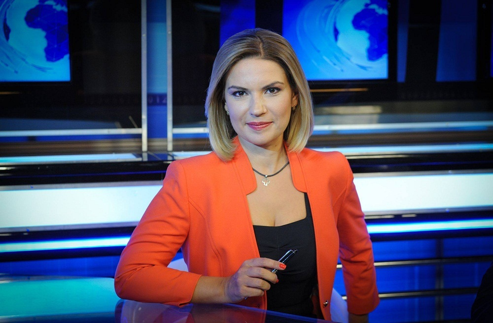 alina-stancu-telejurnal-tvr-1-17-00